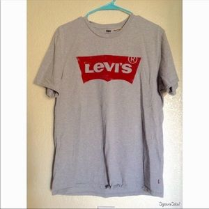 Levi's gray tee shirt
